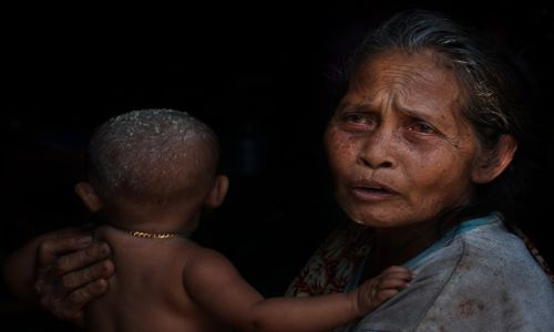 Zdjecie INDONEZJA / Lombok / Lombok / Portret z wnucz