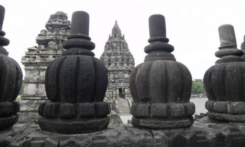 Zdjecie INDONEZJA / java / . / świątynia