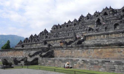Zdjęcie INDONEZJA / java / świątynia / Borobodur