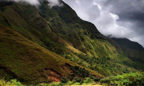 INDONEZJA / Lombok / Mt Rinjani / Na stokach Mt Rinjani