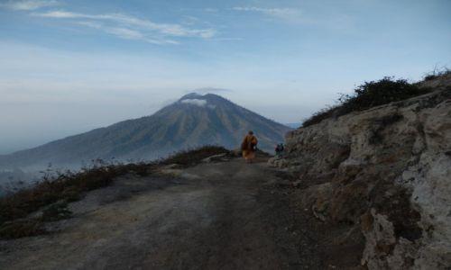 Zdjecie INDONEZJA / Java / Droga na wierzchołek wulkanu Kawah Ijen / Trekking o 3 rano na szczyt wulkanu