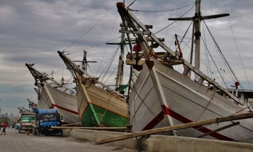 Zdjecie INDONEZJA / Jawa  / Jakarta Port Sunda Kelapa / Żaglowce