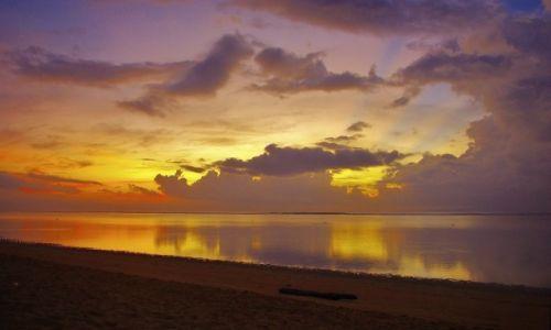 INDONEZJA / Bali / Sanur / Wschód słońca..