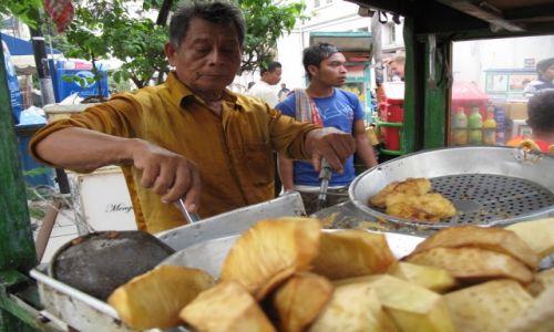 Zdjęcie INDONEZJA / Dżakarta / Dżakarta / Smakołyki ulicy