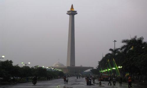 Zdjęcie INDONEZJA / Dżakarta / Dżakarta / Pomnik wszystkich pomników