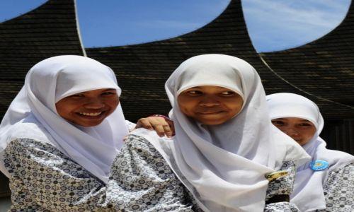 Zdjecie INDONEZJA / west sumatra / padang / sumatra - wyspa tysiąca uśmiechów