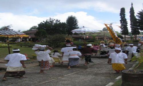 Zdjęcie INDONEZJA / BALI / BALI / PROCESJA