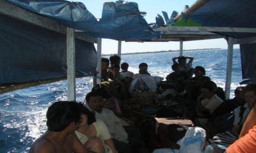 Zdjęcie INDONEZJA / GILI ISLAND / GILI / TRANSPORT MORSKI MIEDZY GILI A LOMBOK