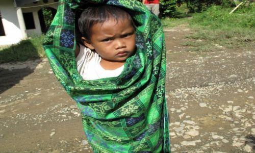 Zdjęcie INDONEZJA / Celebes / Celebes / Ciekawość