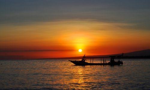 Zdjęcie INDONEZJA / Gilis / Gili Meno / Słońce