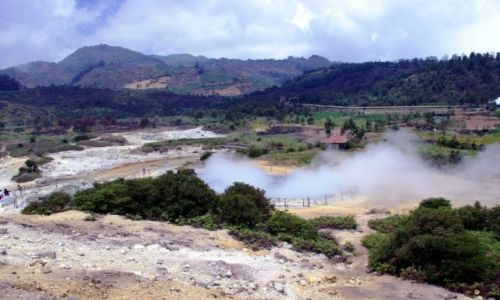 Zdjecie INDONEZJA / Jawa / Plateau Dieng / Kawah Sikidang crater