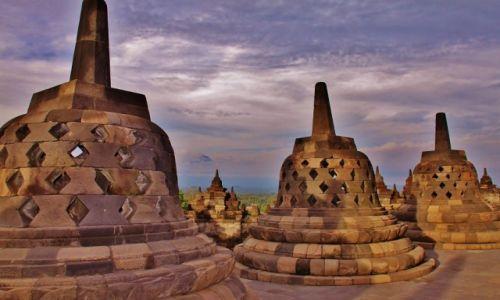 Zdjęcie INDONEZJA / Jawa / Światynia Borobudur / Dzwoneczki