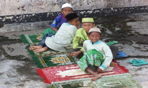 Zdjecie INDONEZJA / Jawa / Jawa / być dzieckiem