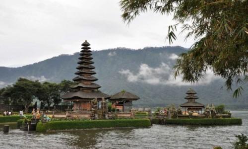 Zdjecie INDONEZJA / Bali / Ulun Danu Beratan  / Piękna świątynia - Ulun Danu Beratan