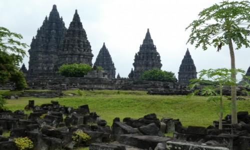 Zdjęcie INDONEZJA / JAVA/okolice Yogyakarty  / świątynia Prambanan / PRAMABANAN