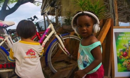 Zdjęcie INDONEZJA / - / Gili Air / Dzieci