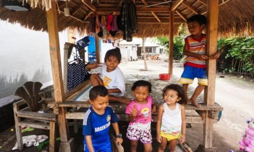 Zdjęcie INDONEZJA / - / Gili Air / Dzieci - urok sam w sobie