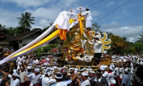 Zdjecie INDONEZJA / Bali / wioska na Bali / POGRZEB