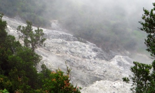 INDONEZJA / Jawa / Tangkuban Perahu / krater Domas