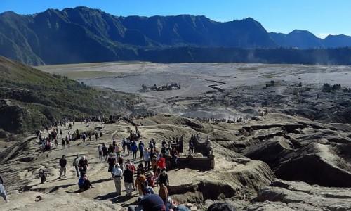 Zdjecie INDONEZJA / Jawa / kaldera Tengger / widok na kalderę z wulkanu Bromo