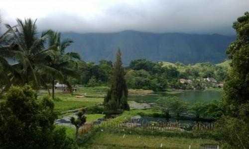 INDONEZJA / Lake Toba, Tuk Tuk / Indonezja, Wyspa Samosir na jeziorze Toba / Samosir, Lake Toba