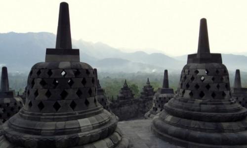 Zdjecie INDONEZJA / Jawa / Borobudur / Dzwonki