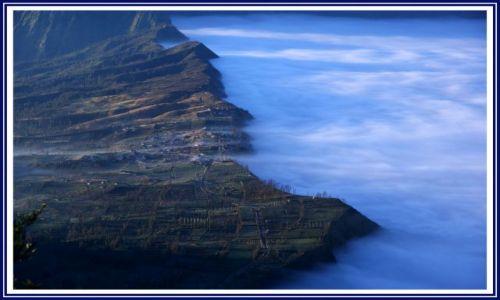 Zdjecie INDONEZJA / Jawa / Krater wulkanu Bromo  / �wit w kraterze