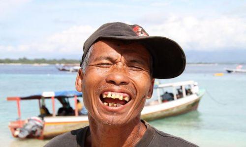 Zdjęcie INDONEZJA / Indonezja / Gili / SZCZERE UŚMIECHY KUMPEL 2