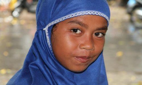 Zdjęcie INDONEZJA / Indonezja / Gili Trawangan / MAŁA MUZUŁMANKA