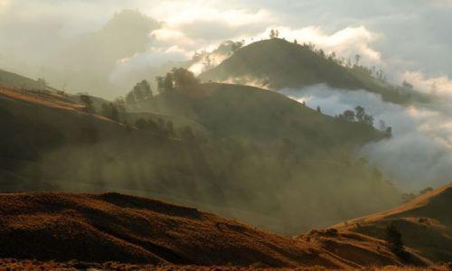 Zdjęcie INDONEZJA / Lombok / Rinjani  / Ze szczytu wulkanu rinjani