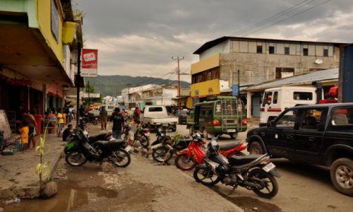 INDONEZJA / Demokratyczna Republika Timor Leste / Dili / ulica w stołecznym Dili