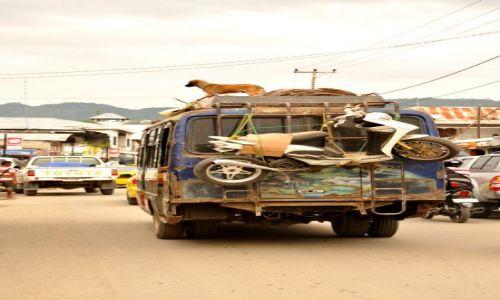 INDONEZJA / Demokratyczna Republika Timor Leste / Dili / transport publiczny w Dili