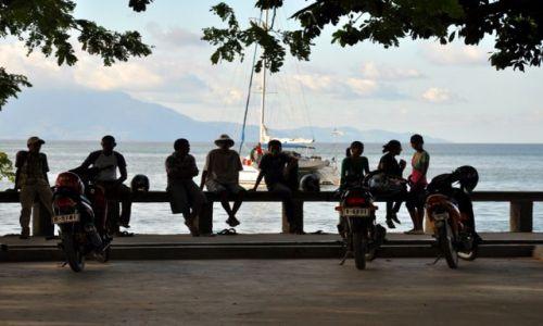 Zdjęcie INDONEZJA / Demokratyczna Republika Timor Leste / Dili / Bulawar nadmorski w Dili