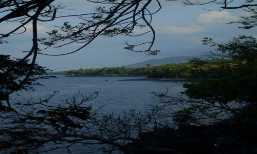 INDONEZJA / Bali / Pacung, okolice / ... puste wybrzeże północno-wschodnie