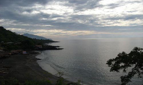 Zdjęcie INDONEZJA / Lembata / Lalamera / ... chłodny, 30 stopniowy poranek....