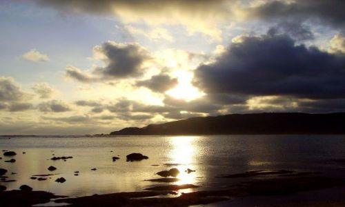Zdjecie INDONEZJA / wyspa Lombok / wioska Kuta Beach / przed zachodem słońca