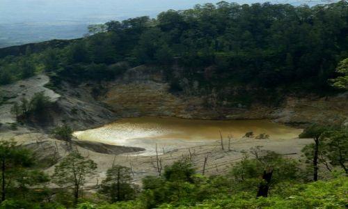 Zdjęcie INDONEZJA / Flores / Wawo Muda / ... jezioro w kraterze ...