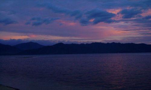 Zdjęcie INDONEZJA / wysepka Gili Air / Gili Air / wyspa Lombok po zachodzie słońca