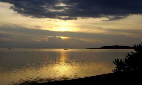 Zdjecie INDONEZJA / wysepka Gili Air / zachodnia część wysepki / zachód na Gili Air