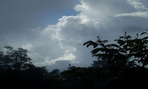 Zdjęcie INDONEZJA / Lombok / Rinjani / ... niebo po ulewie ...