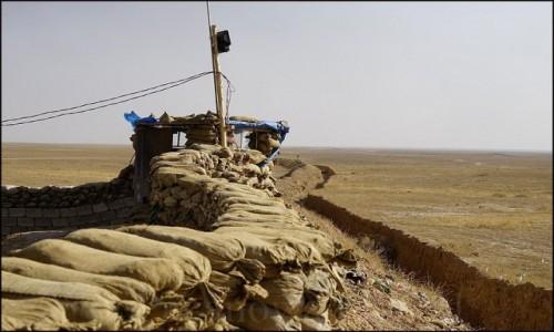 Zdjecie IRAK / Erbil / Makhmur / Na wojnie u Pes