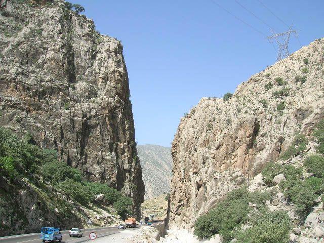 Zdjęcia: góry Zagros, irańskie krajobrazy (9), IRAN