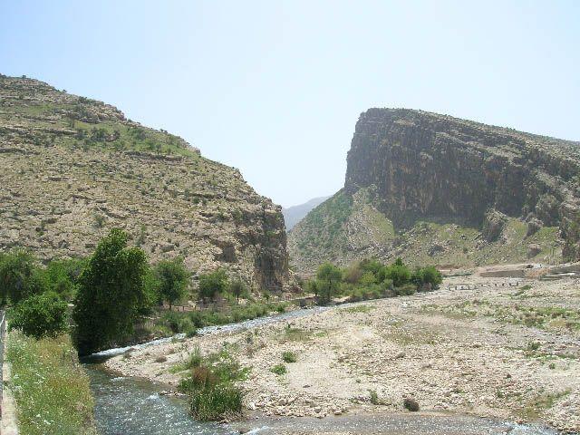 Zdjęcia: Bishapur, irańskie krajobrazy (10), IRAN