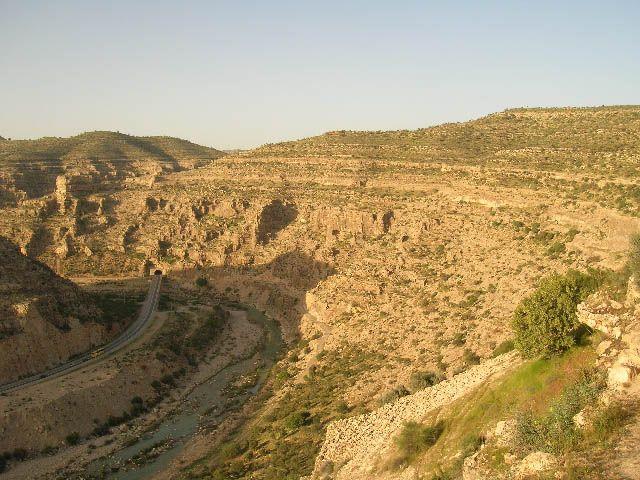 Zdjęcia: okolice Firuz Abad, irańskie krajobrazy (17), IRAN