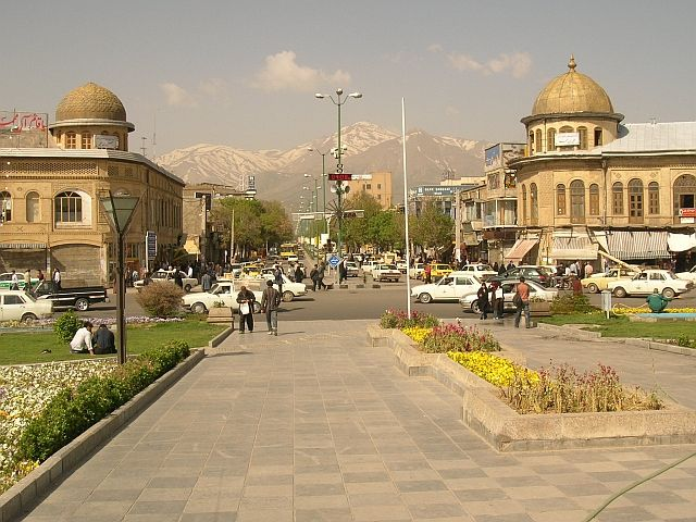 Zdjęcia: Hamadan, plac Chomeiniego, IRAN