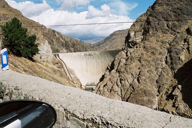 Zdj�cia: Droga z Teheranu nad morze kaspijskie, Iranskie gory, IRAN