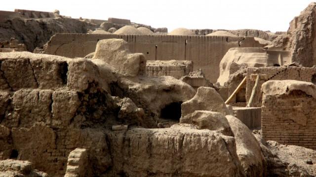 Zdjęcia: Gliniane Miasto, Bam, Z gliny powstałeś....4, IRAN