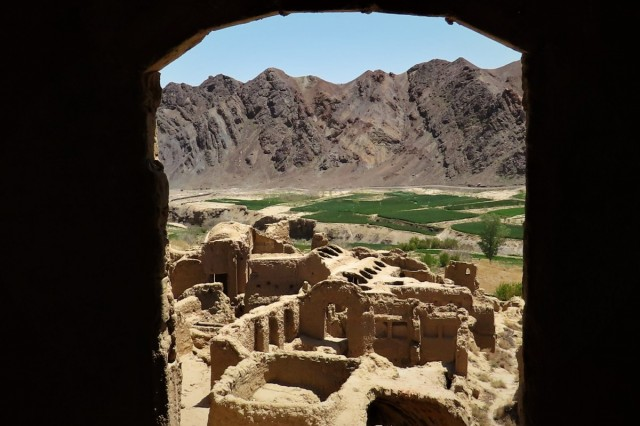 Zdjęcia: Kharanaq, Miasto z gliny, IRAN