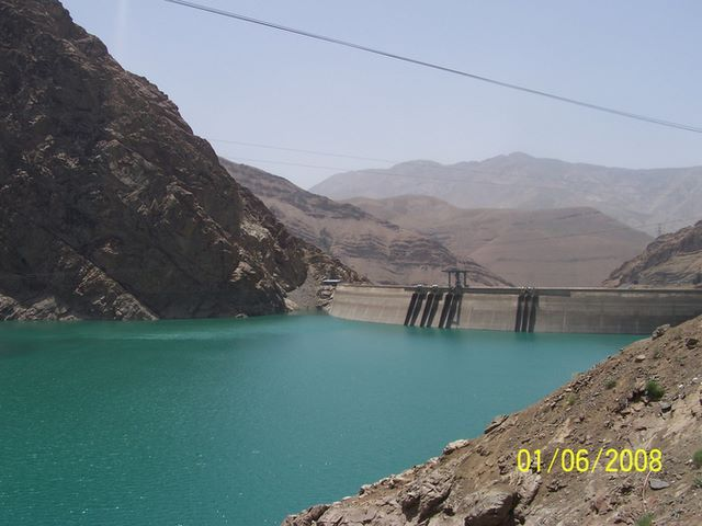 Zdjęcia: NA POLNOC OD TEHERANU, GORY ALBORZ, ZAPORA W GORACH ALBORZ, IRAN