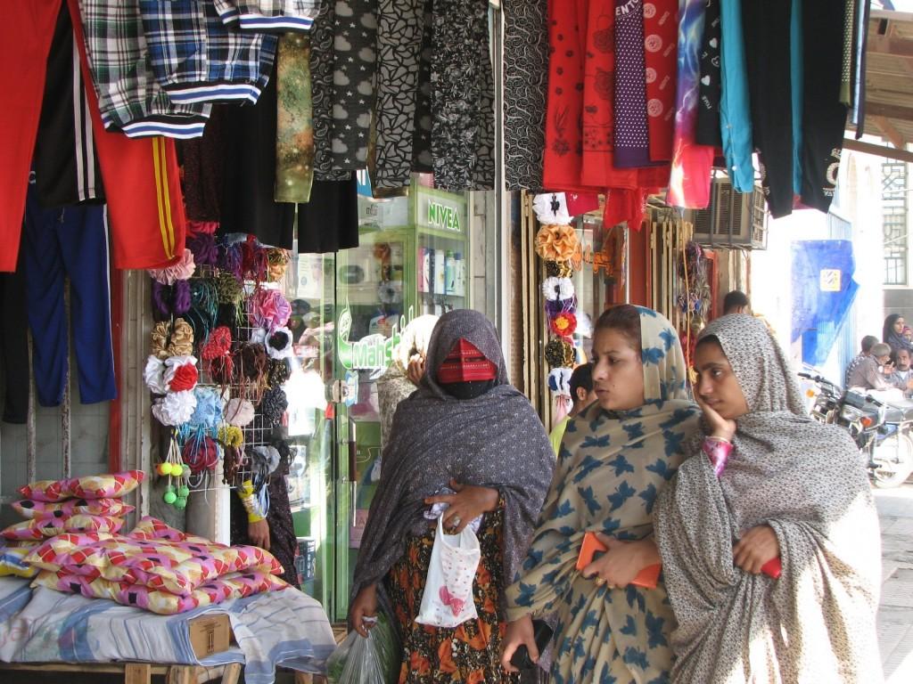 Zdjęcia: MINAB, HORMOZGAN, maski , IRAN